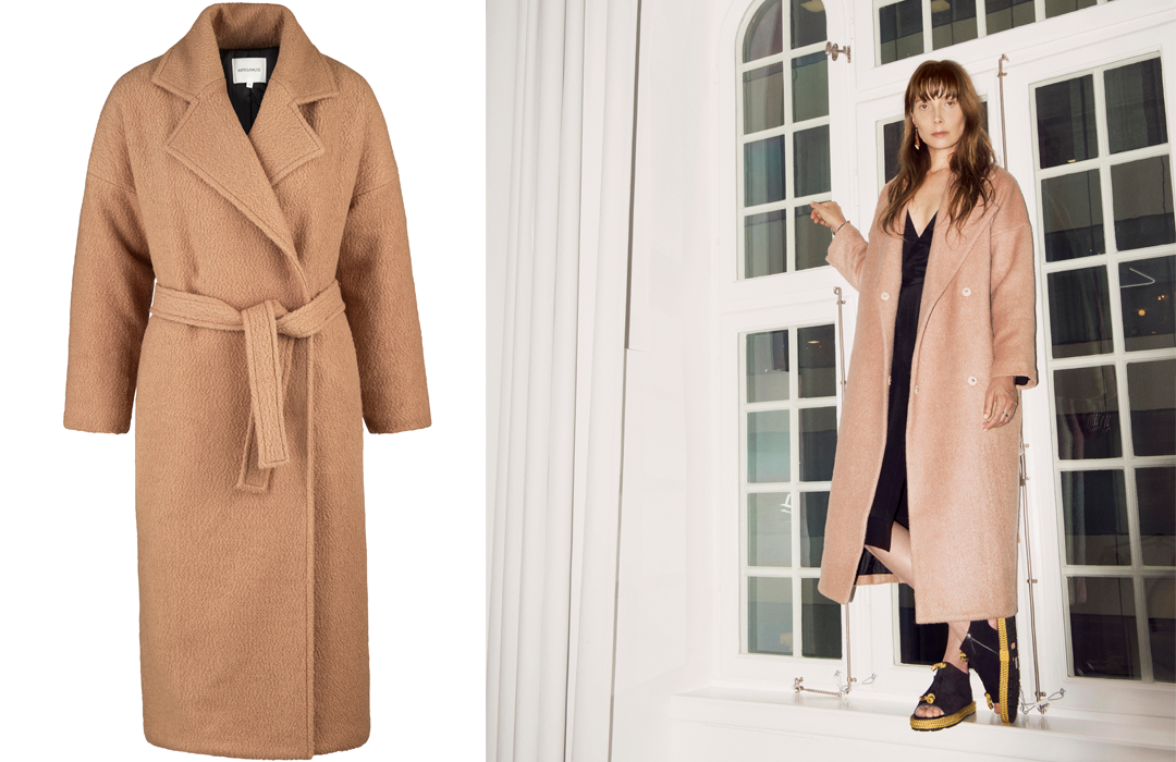 We are getting ready for winter days in Intro/Muse super warm wool coat