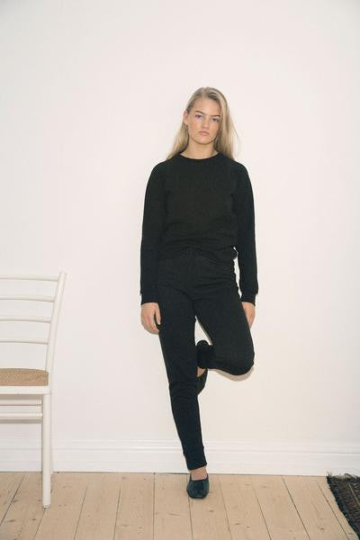 Yoga Pants By Signe made of organic cotton