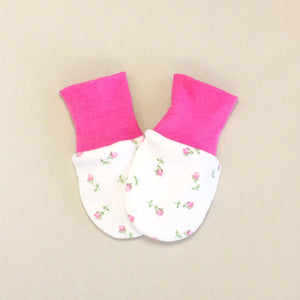 cotton scratch mittens rosebuds