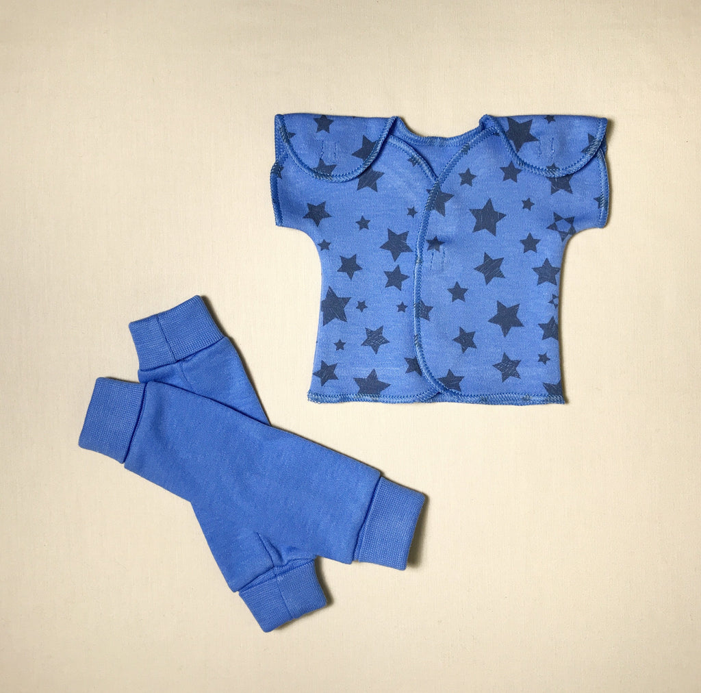 NICU Friendly deep blue leg warmers preemie baby with NICU Friendly Deep Blue Stars T-shirt
