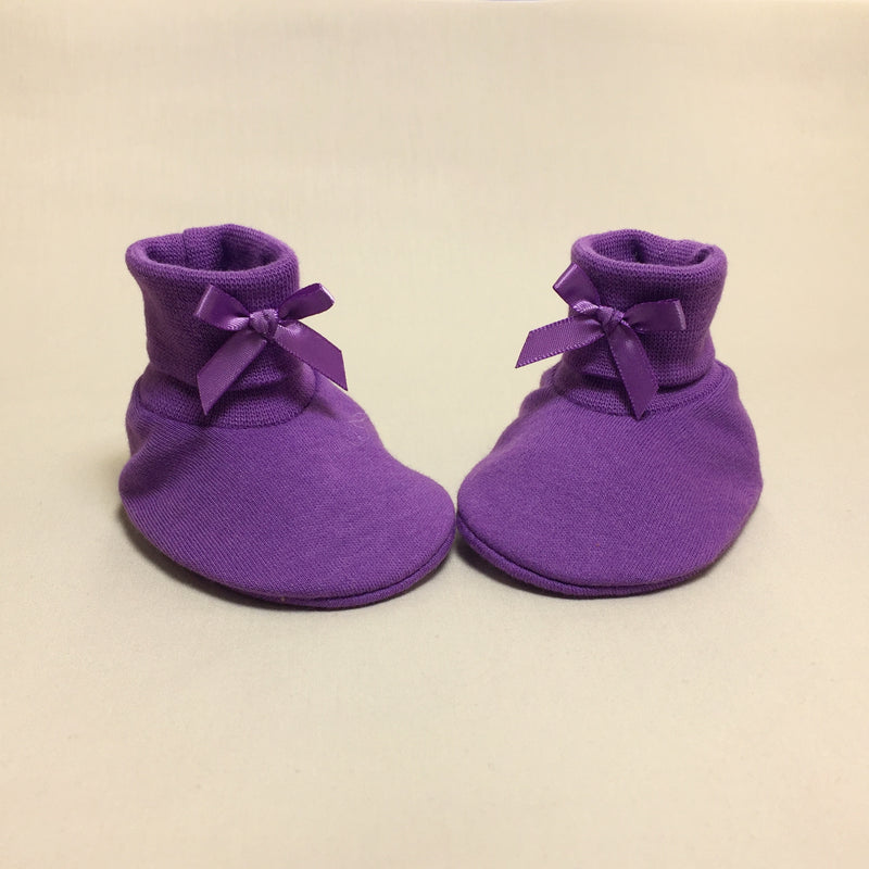 purple cotton baby booties