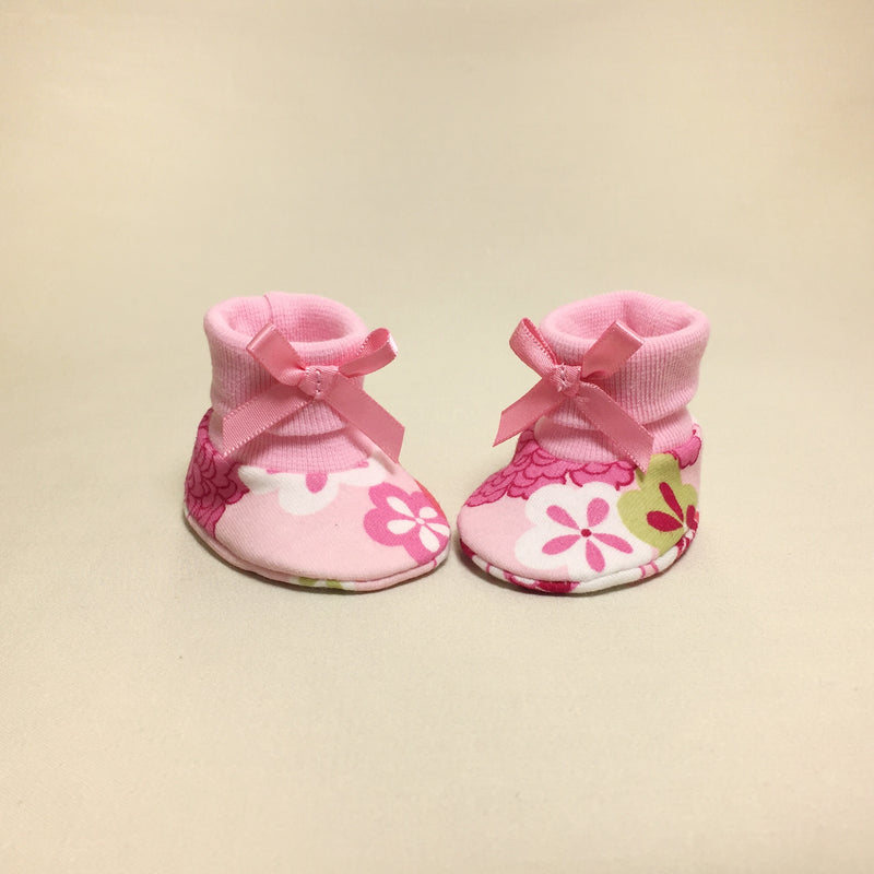 NICU Retro Flowers cotton baby booties - pink