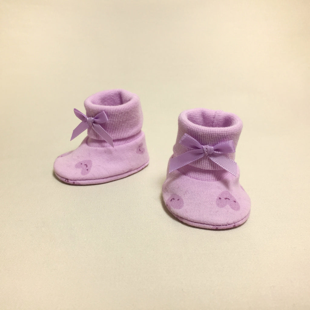 NICU Smile Hearts cotton baby booties