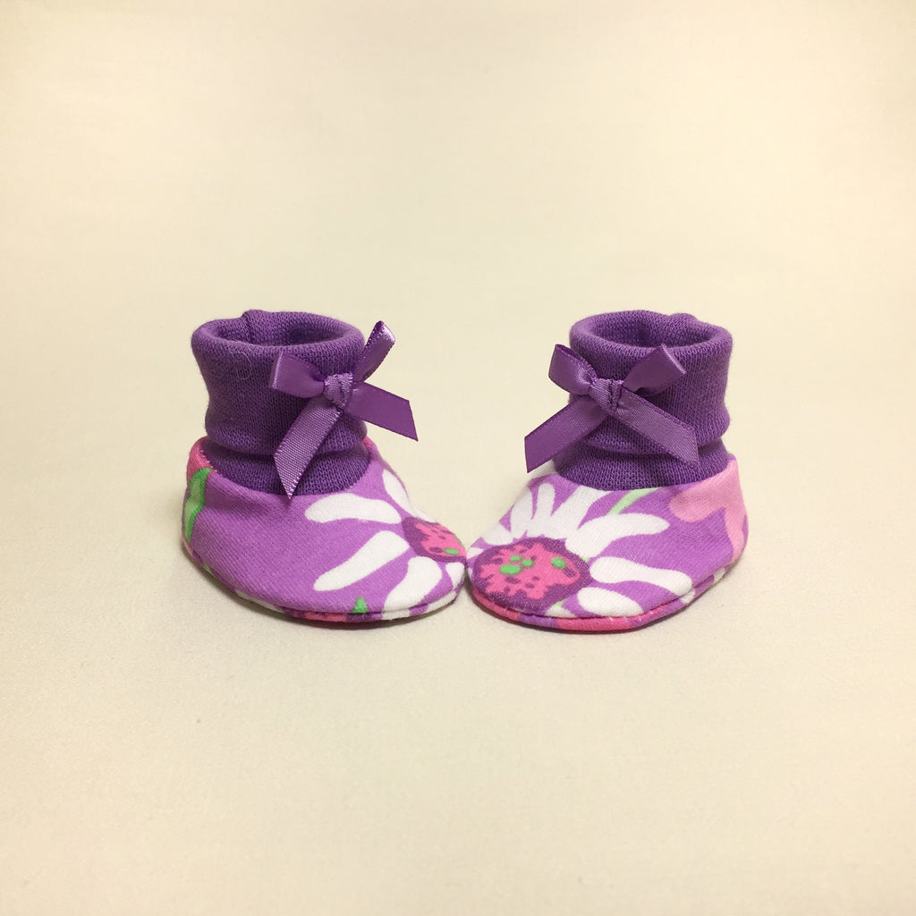 NICU Wildflower cotton baby booties - purple