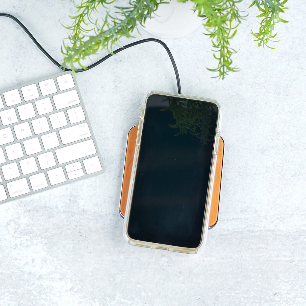 Modern Script Wireless Phone Charger - Stamp Nouveau