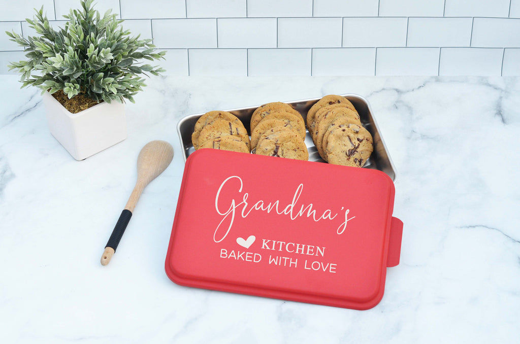 Personalized Cake Pan, Christmas Gift For Mom, Housewarming Gift, Bridal Shower Gift, Custom Baking Pan