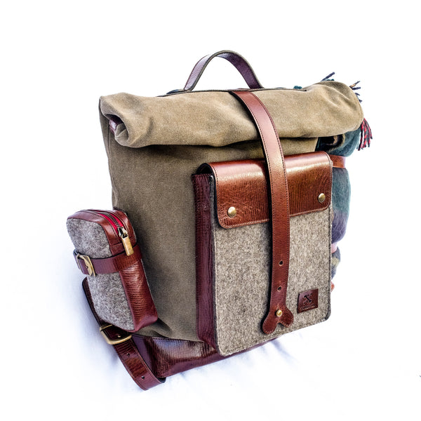 The Pioneer BackPack  Acabado HILLARY