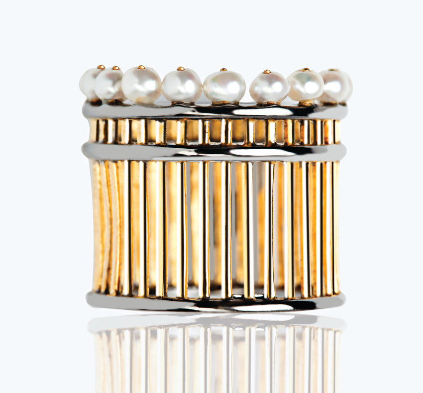 PEARL PILLAR GOLD & BLACK RING
