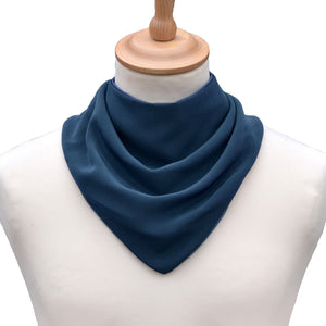 CareDesign_neckerchief_for_older_children_and_adults_with_special_needs_absorbent_waterproof_dribble_bib