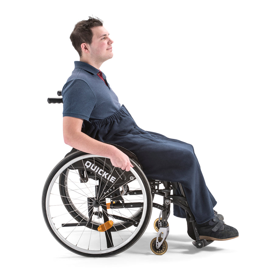 nicosy_wheelchair_man_wearing_fleece_cover_navy_with_pockets