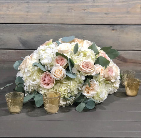 Elegant Low flower centerpiece