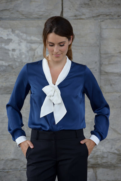 Olivia | Navy silk delightful top