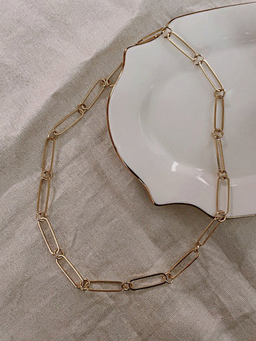 Oval paper clip chain necklace