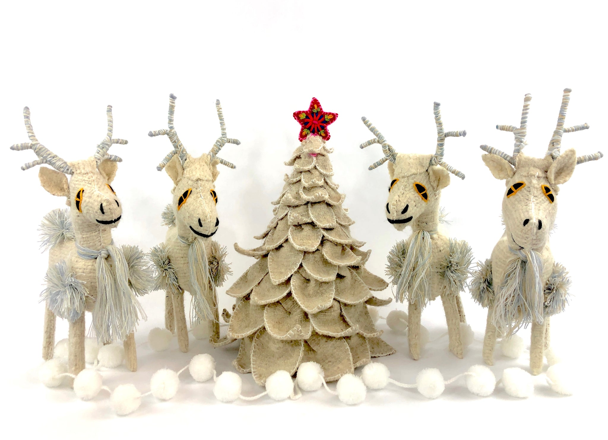 White reindeer, Chiapas, Elegant white Christmas, Mexican folk art Christmas,