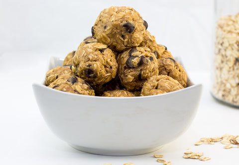 peanut-butter-energy-balls-muscle-building-snacks-alexa-jean-fitness