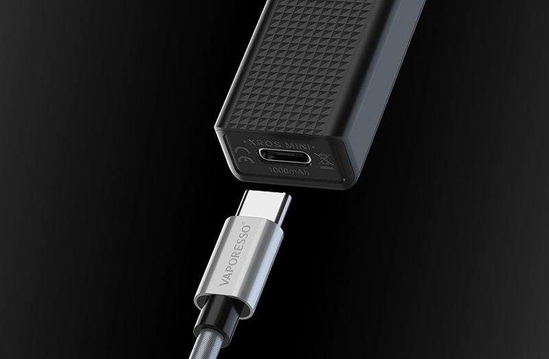 A 1000mAh, built-in battery provides up to two days vaping capabilities and is assisted with the fast charging USB Type-C.