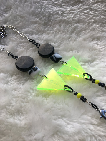 Mask Chain. Neon Lime Triangles with Black and White Beads