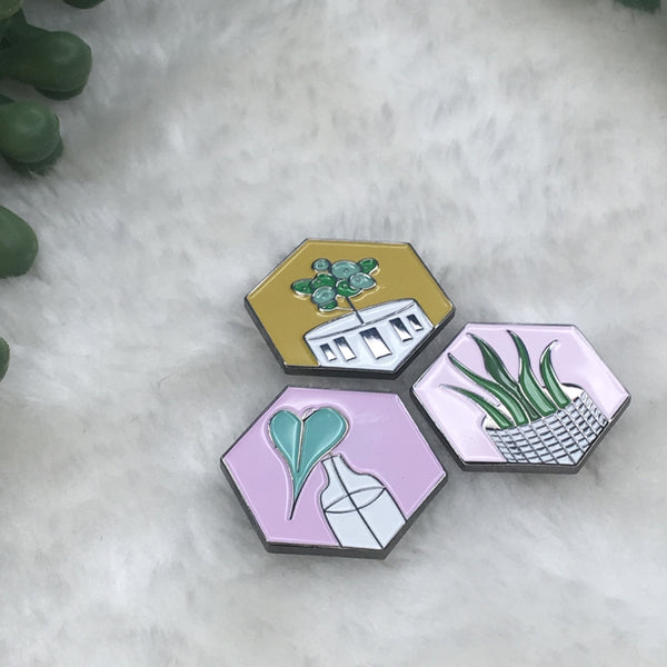 """Philodendron"" Plant Pin"