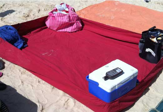 Beach Hack 2: Fitted Sheet Fortress