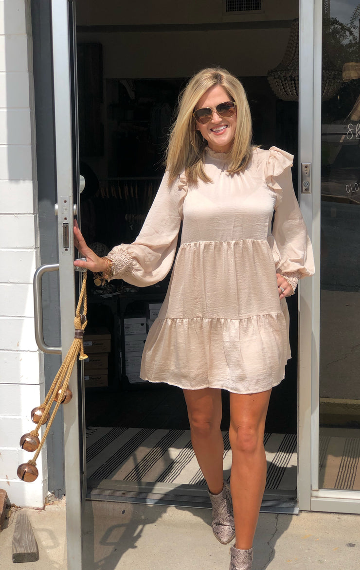 LUMINOUS RUFFLE DRESS - CHAMPAGNE