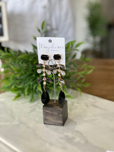 TIMELESS BEAUTY EARRINGS