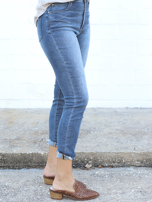 high waisted denim, skinny jeans, denim with distressed hem