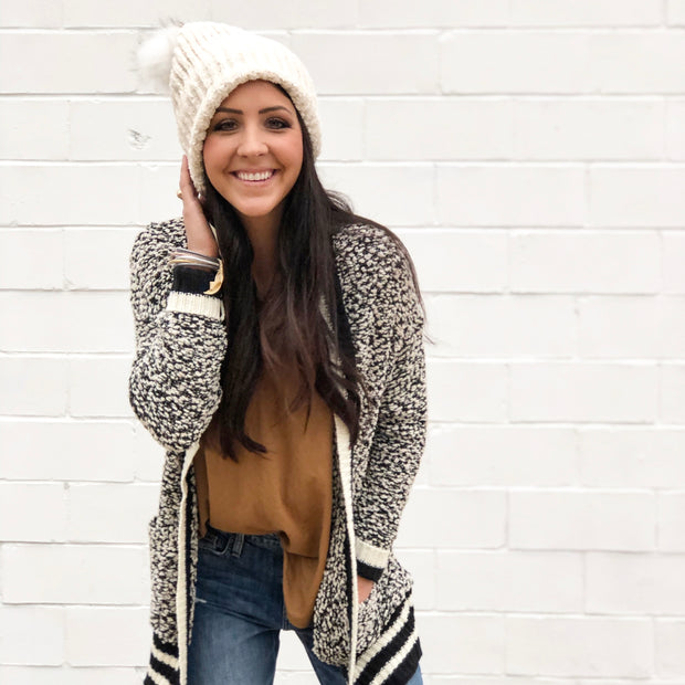 POM POM BEANIE - WINTER WHITE