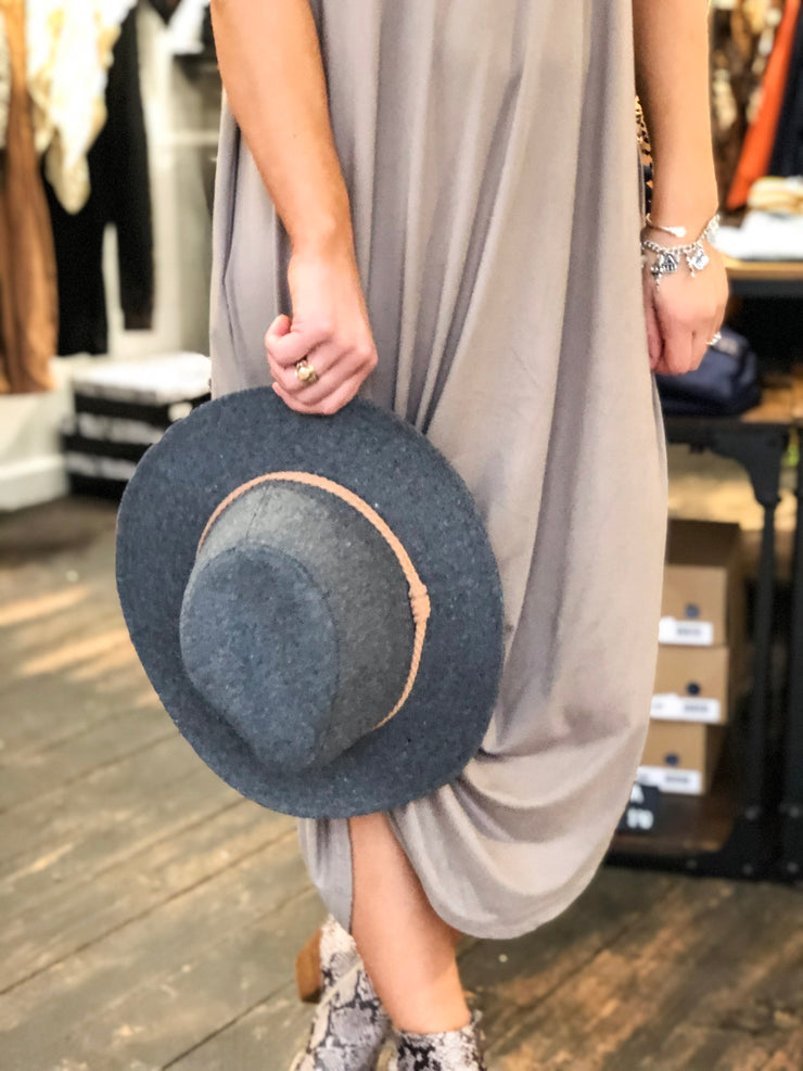 MOONLIT DRESS - TAUPE