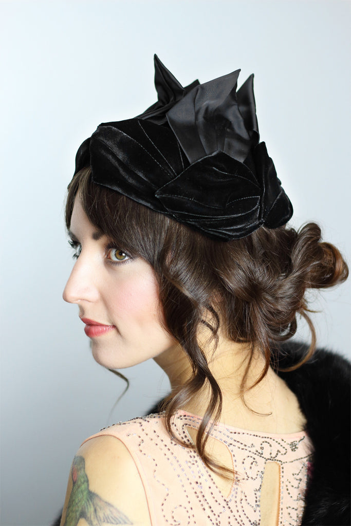 Couture 1920s Avant Garde Black Flapper Hat