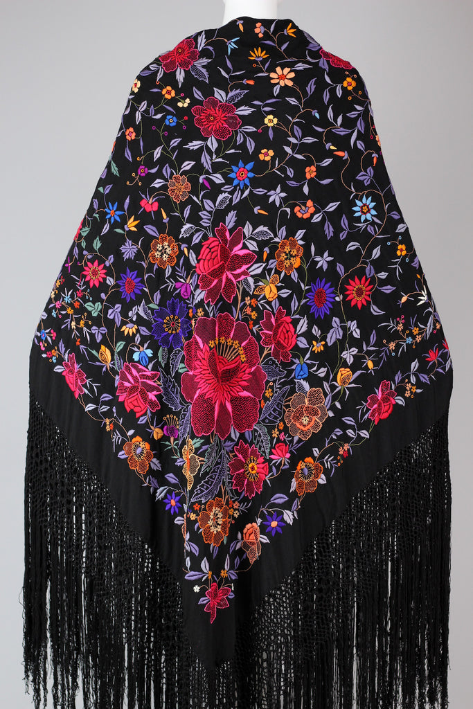 Rare & Unusual Large Chinese Silk Embroidered Shawl c. 1920