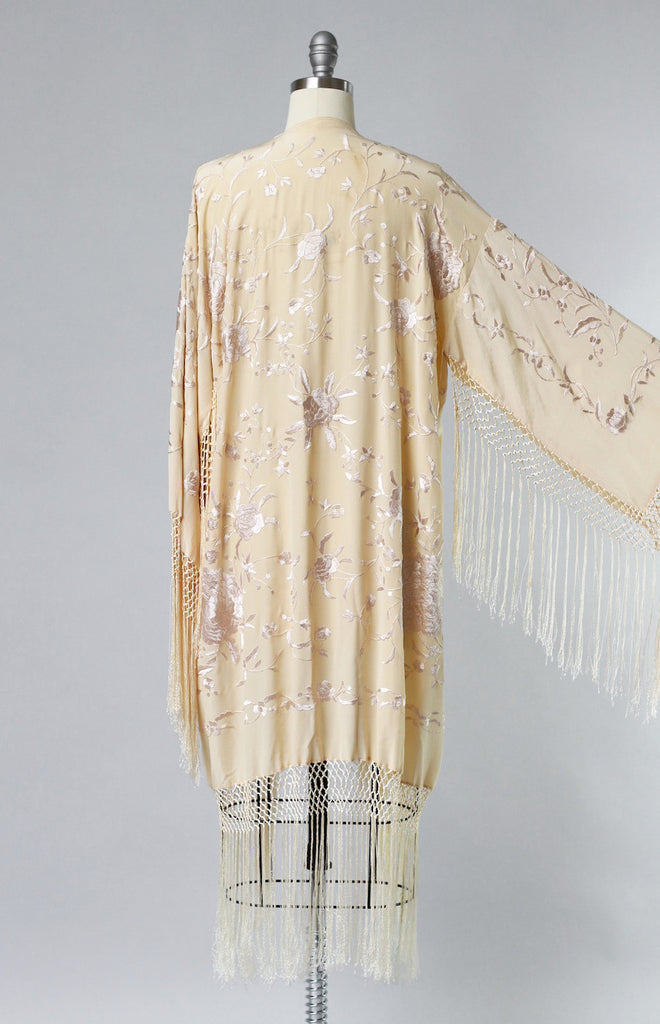1920s Peach Silk Charmeuse Piano Shawl Duster