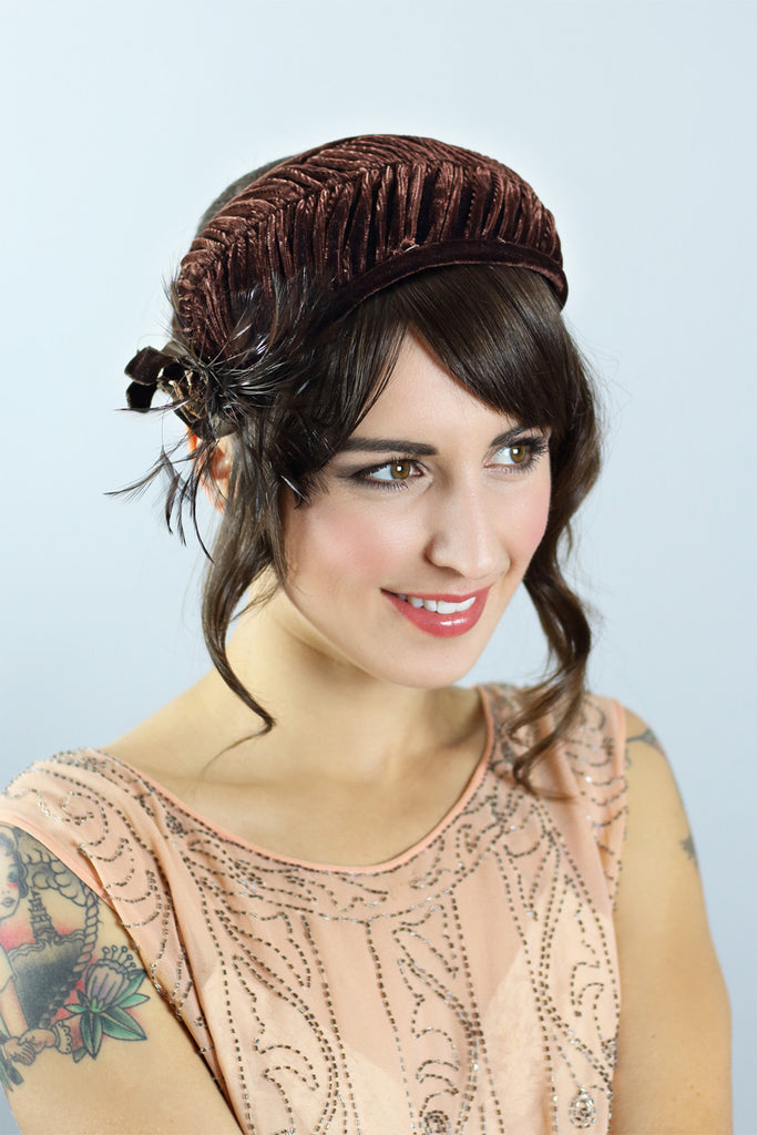 1930s Chocolate Brown Velvet Feather Hat