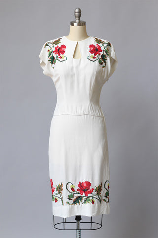 1920s to 1930s Lawn Party Peep Hole Embroidered Dress