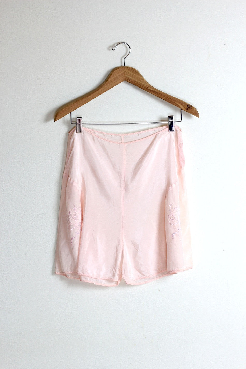 3c58c0ae4693e Pénélope 1920s Silk Tap Shorts – The Vintage Net