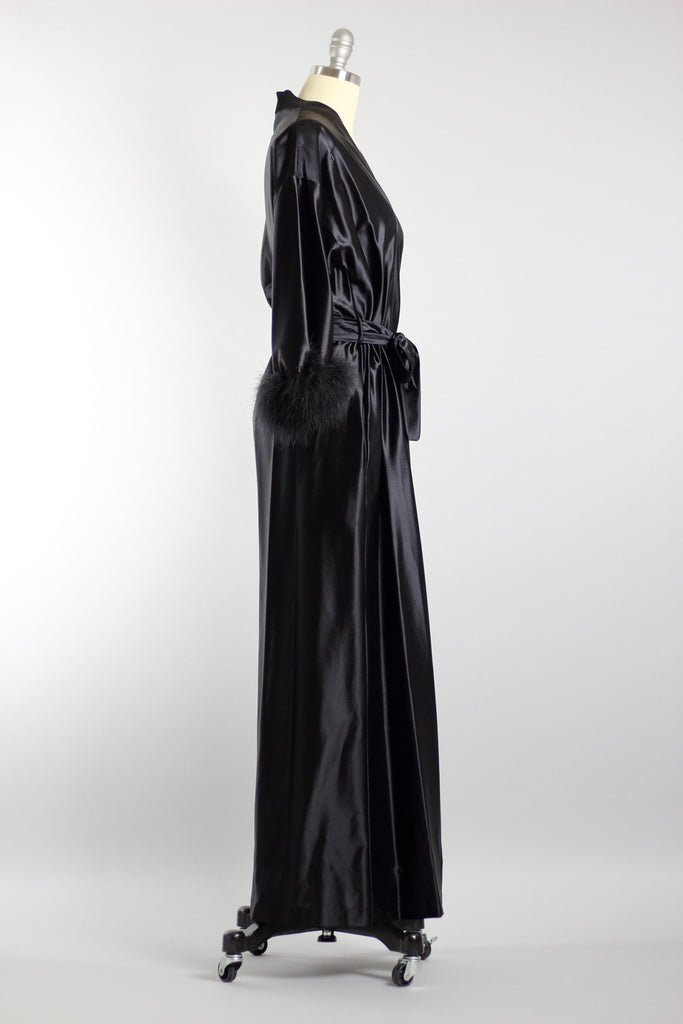 1930s Hollywood Glamour Black Robe