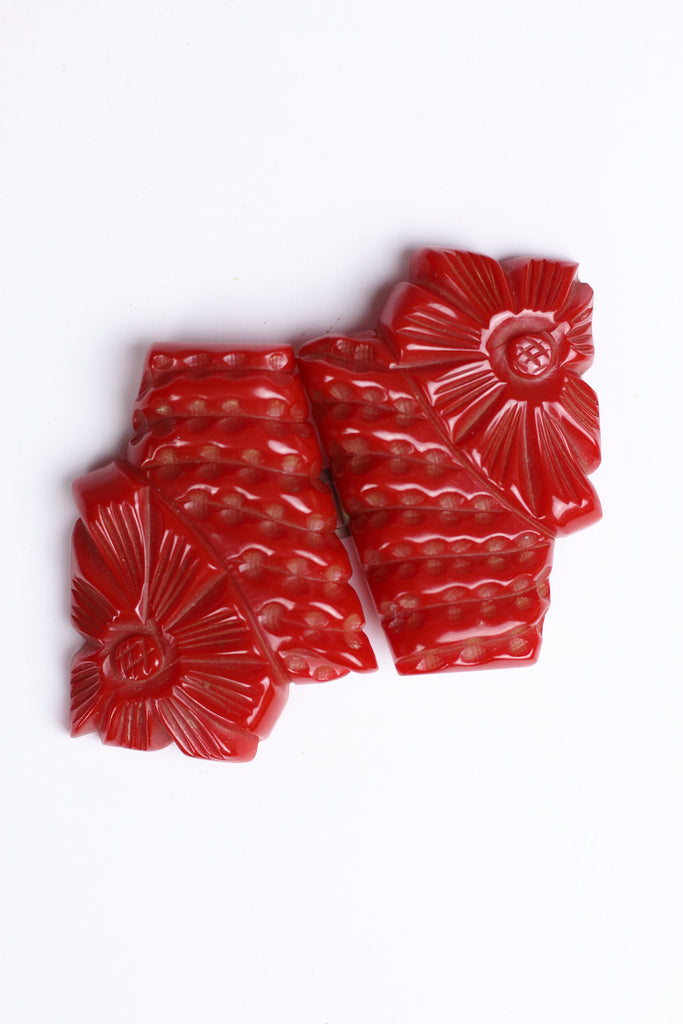 1930s Art Deco Carved Red Bakelite Flower Belt Buckle Two Piece