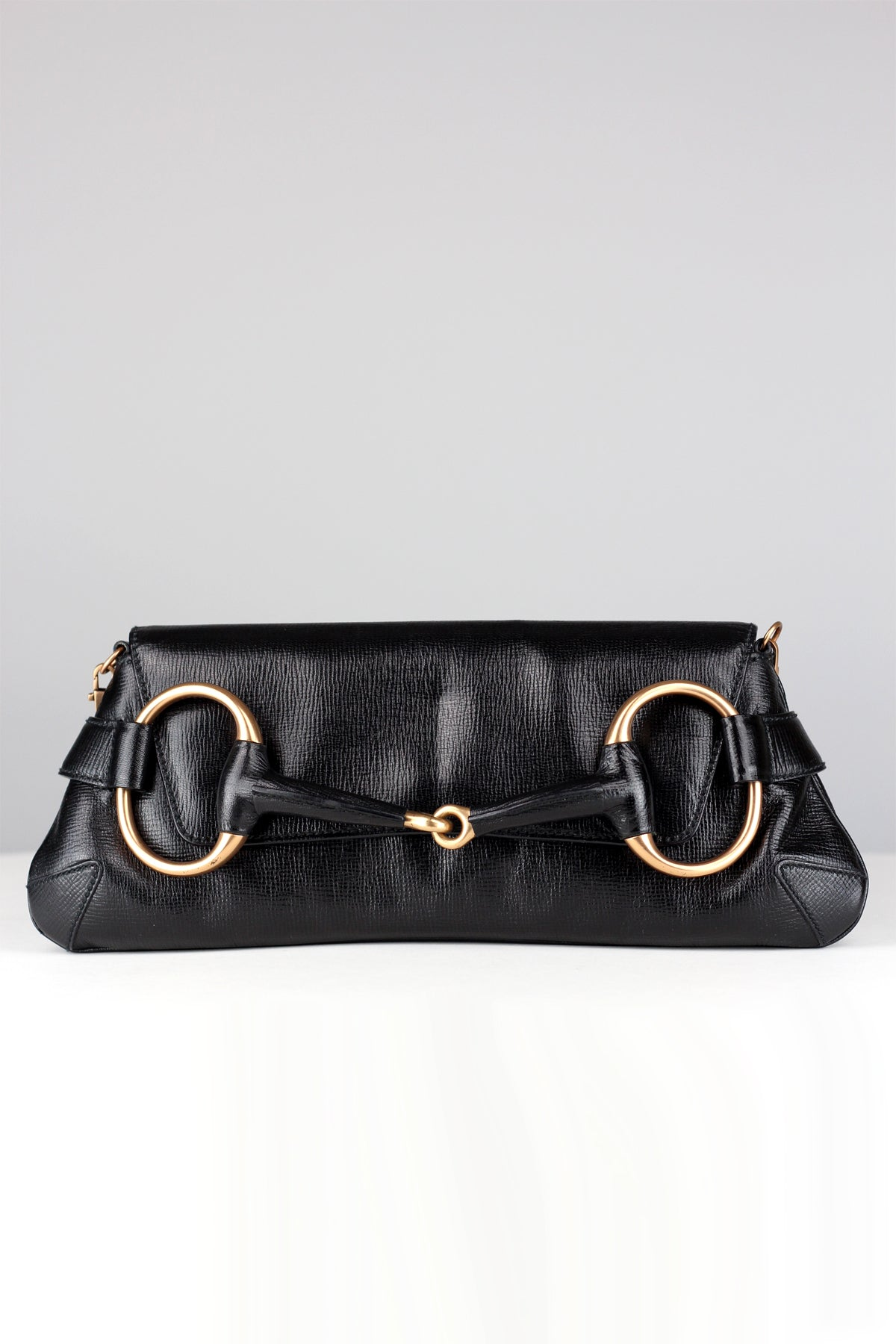 373ac3a640c Gucci Tom Ford 2003 Rare Black Leather and Rose Gold Horsebit Bag ...
