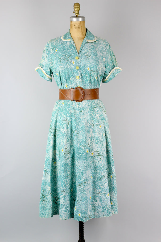 Late 40s Charming Daisy Print Cold Rayon Sea Blue Day Dress