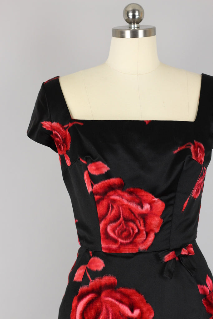 1950s-60s Black Satin & Red Rose Print Party Dress XS/S