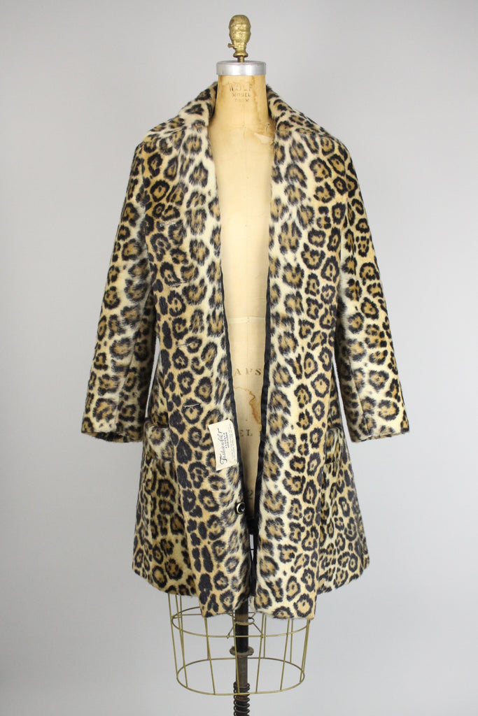 Perfect Vintage Leopard Faux Fur Coat