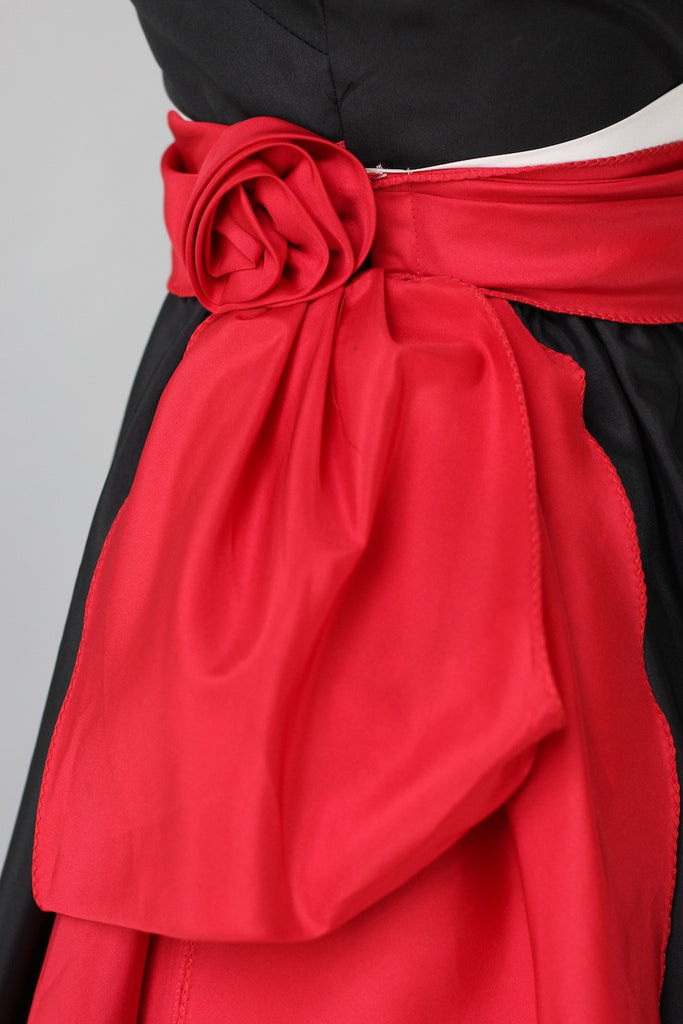 1950s Classic Strapless Black & Red Taffeta Party Dress