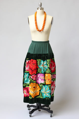 Vintage Tehuantepec Mexico Embroidered Skirt with New Waistband Green