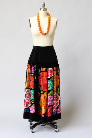 Vintage Tehuantepec Mexico Embroidered Skirt with New Waistband Black