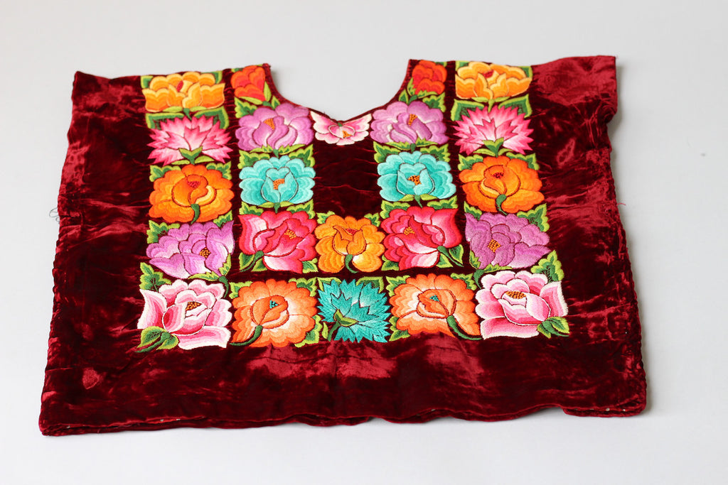 Rare Vintage Tehuantepec Mexico Embroidered Huipil Blouse Burgundy