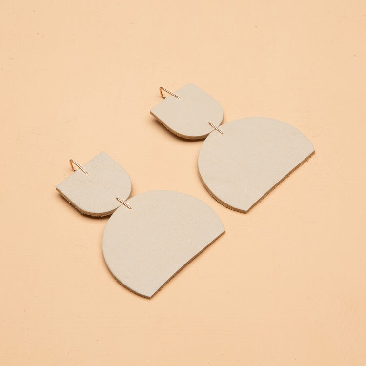 Dear Survivor Petra Earrings - Ivory