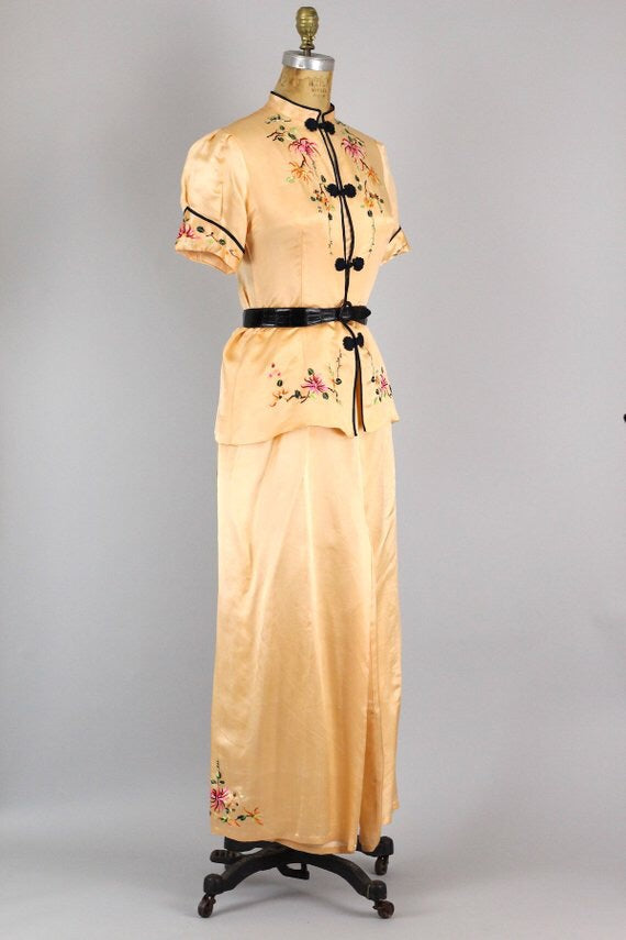 1930s Chinese Peach Silk Pajama Set with Hand Embroidered Detail