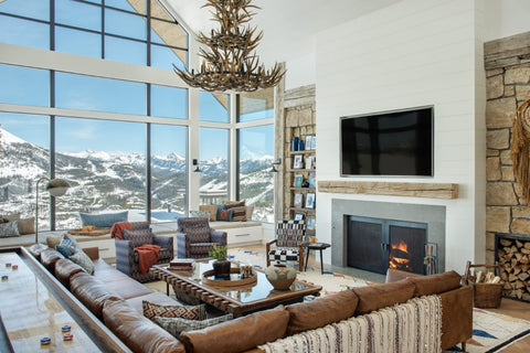 Cozy and elegant winter lodge decor