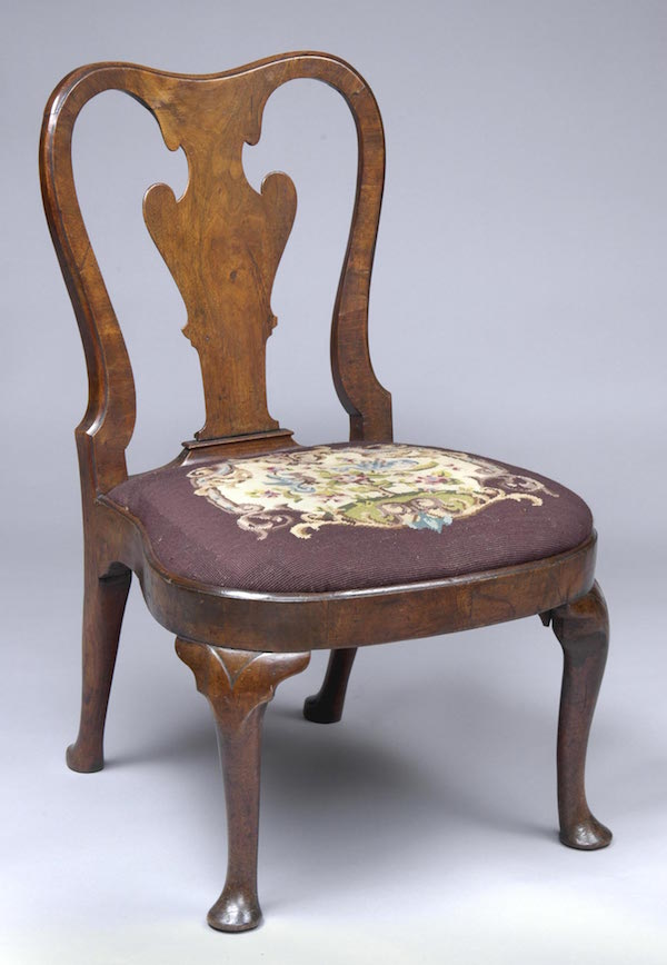 Identifying Antique Chairs - Queen Anne