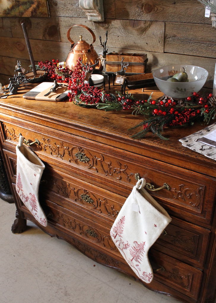 Ski Country Antiques & Home - Xmas decorations - berries