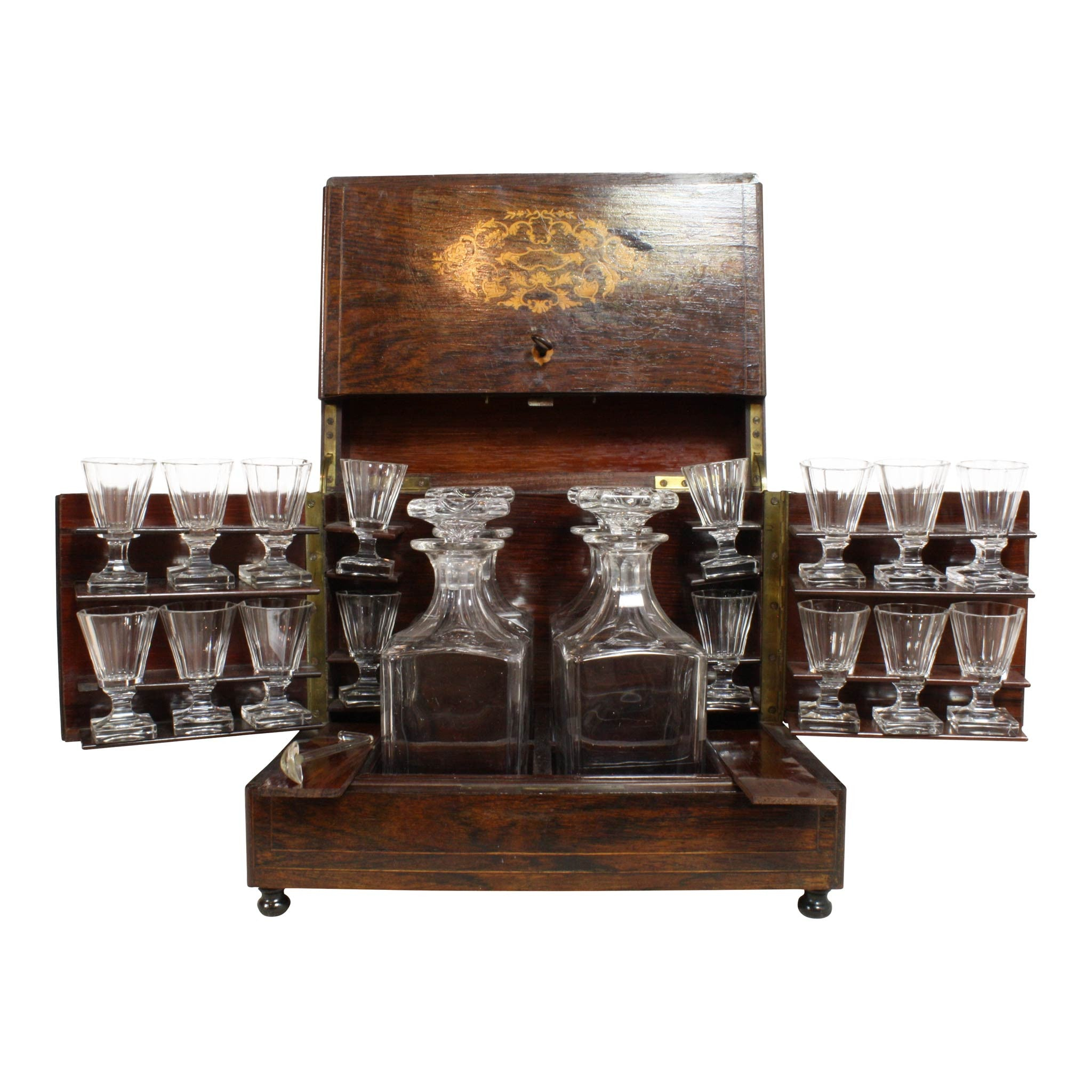 ski-country-antiques - Liquor Set